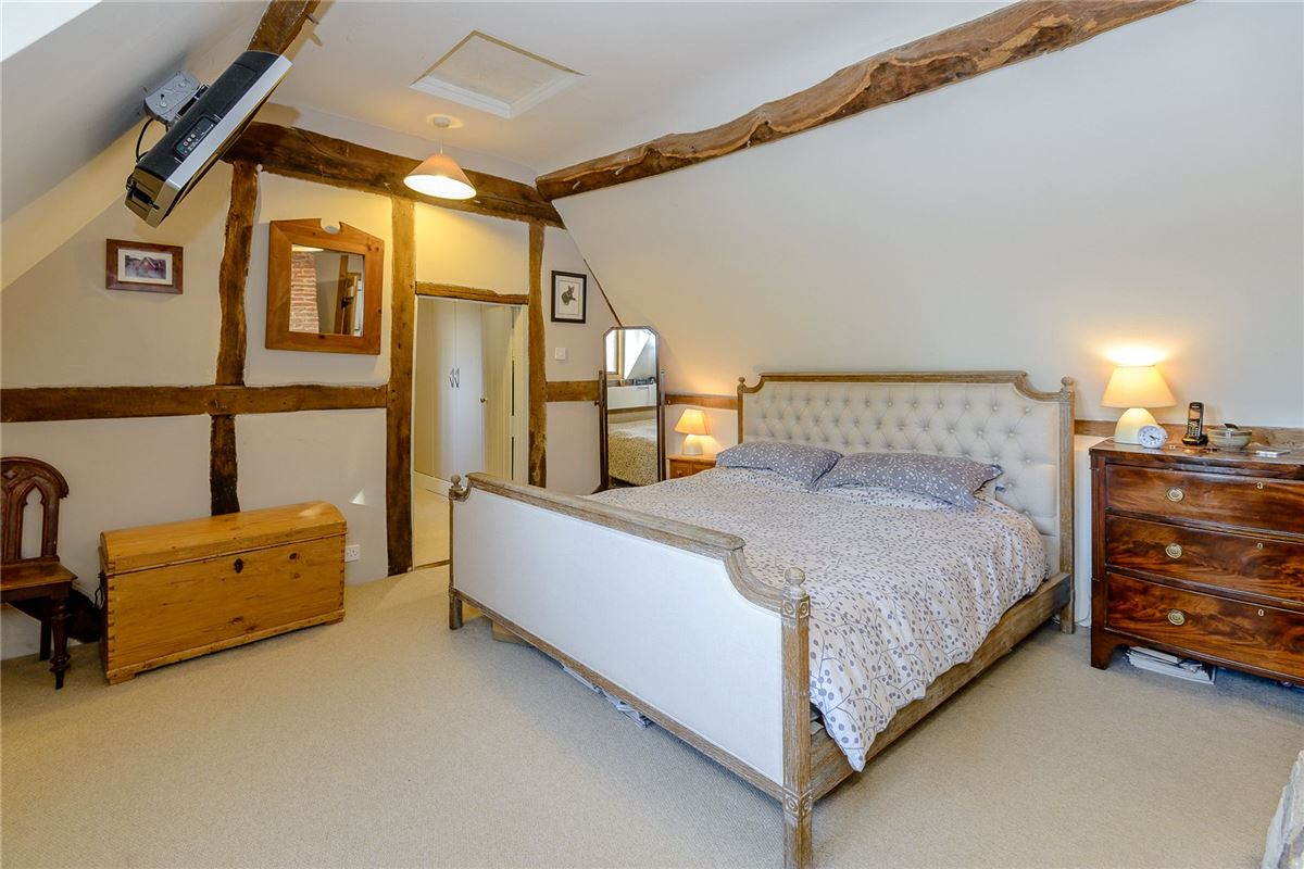 Luxury properties Cam Green Cottage