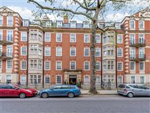 Luxury homes bright and impressive top floor apartment