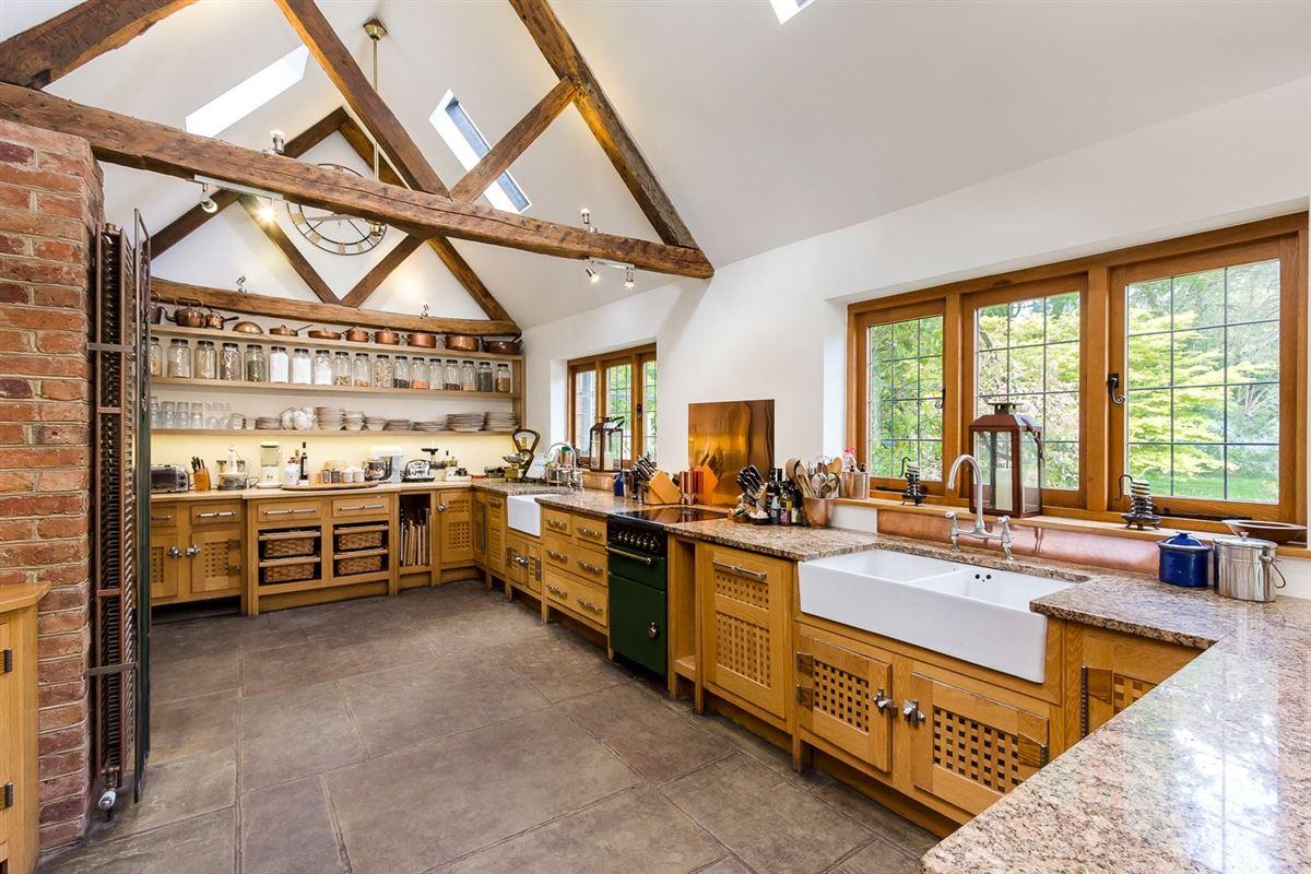 Luxury homes Hedgecourt House