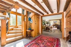 Luxury homes in Hedgecourt House