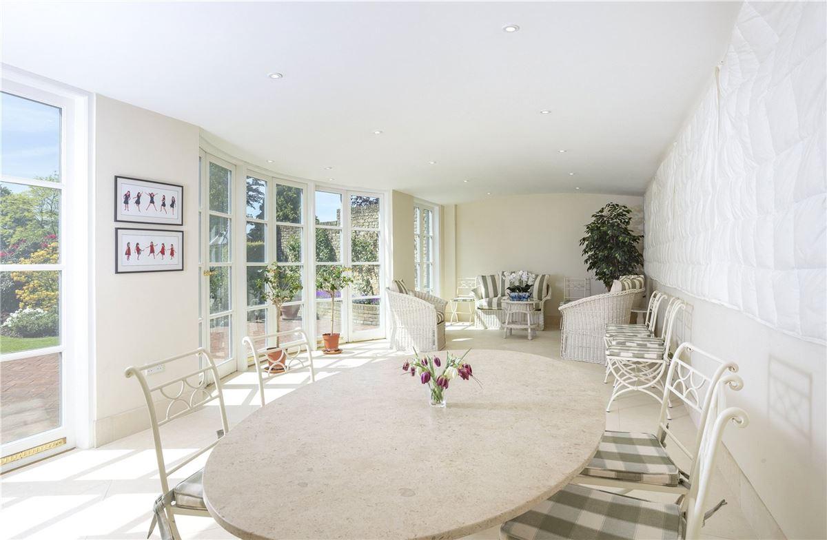Denham Mount luxury homes