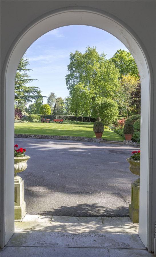 Denham Mount luxury real estate