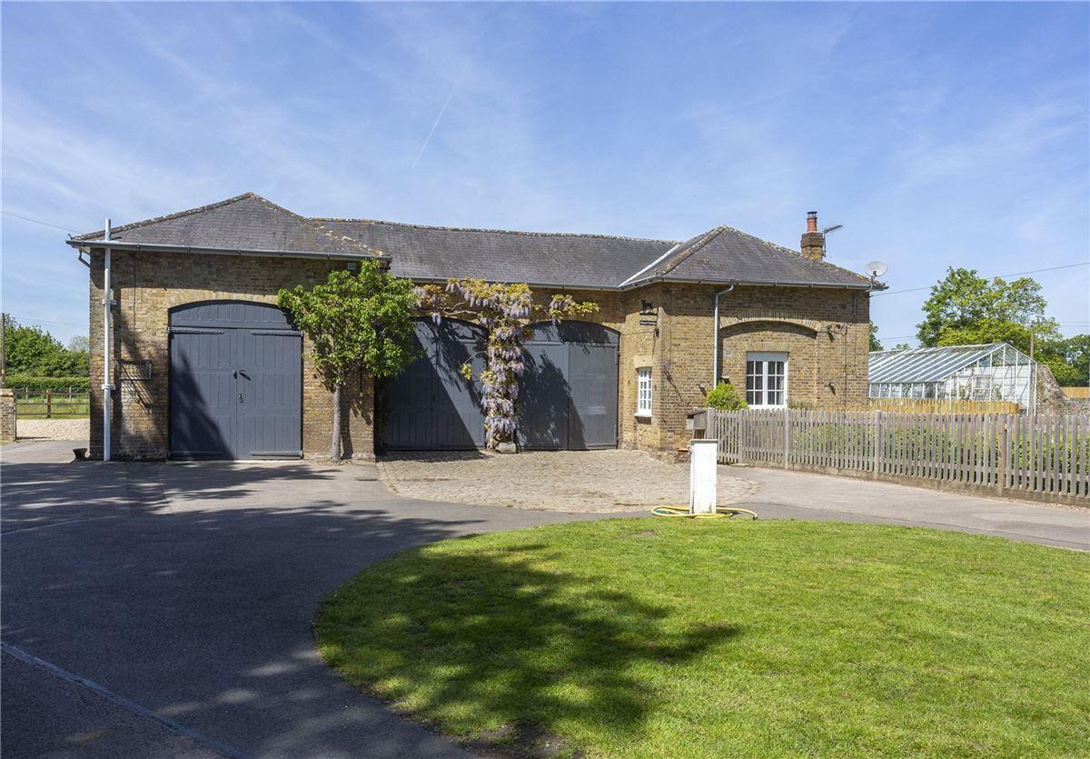 Denham Mount mansions