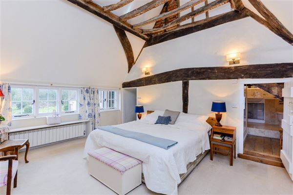 Luxury properties Grade II listed village house dating back to the 16th century
