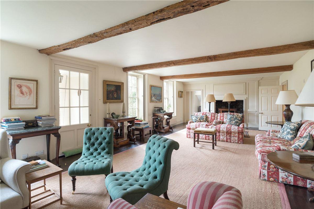 Updown Farmhouse luxury homes