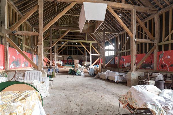 Luxury real estate Updown Farmhouse
