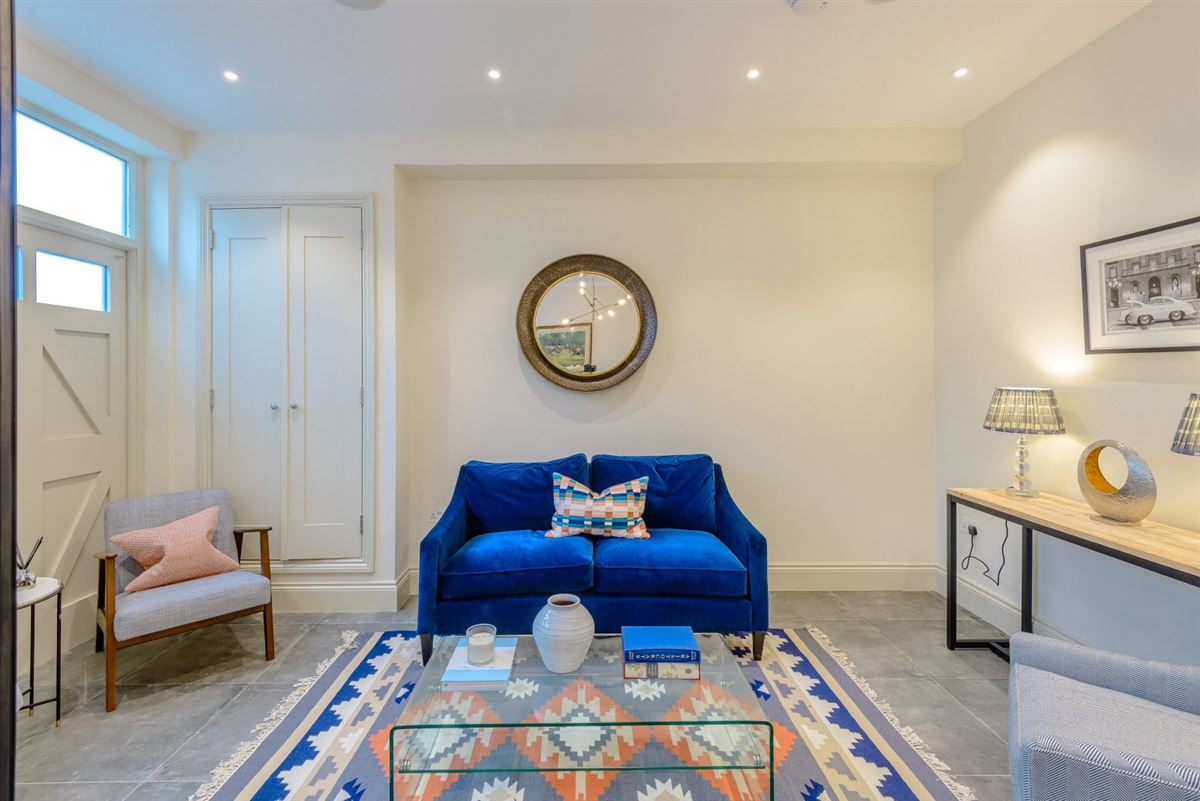 Luxury real estate Meticulously refurbished and remodelled home