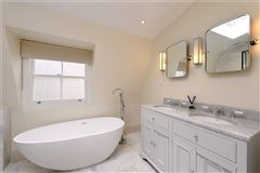 Meticulously refurbished and remodelled home luxury properties