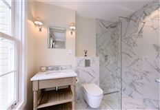 Luxury homes in Meticulously refurbished and remodelled home