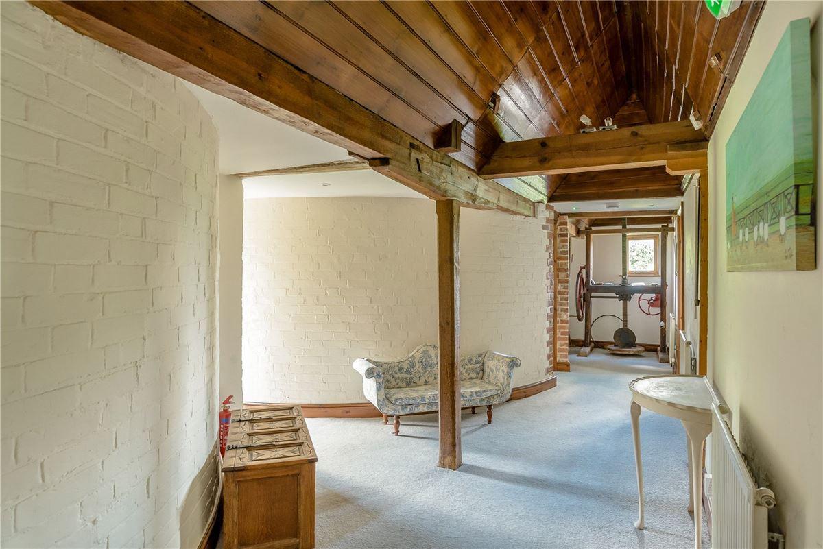 Luxury homes Renville Oast
