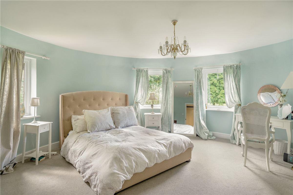 Luxury properties Renville Oast