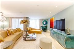 Luxury properties A very stylish and spacious first floor lateral apartment