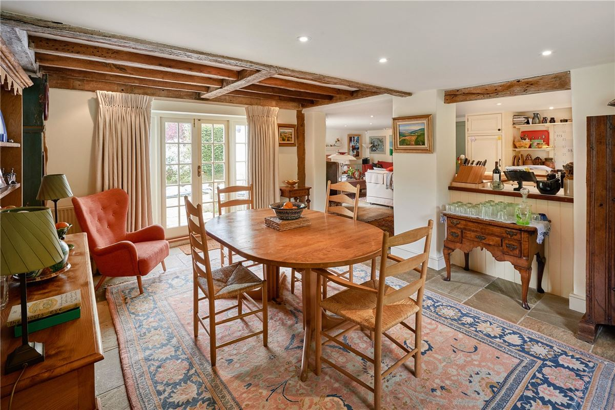 Luxury homes in Charming Powderham house