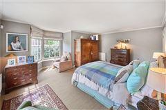 Charming Powderham house luxury properties