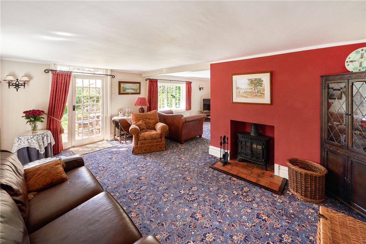 Mansions in Ewshot Cottage