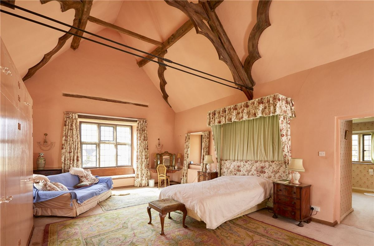 charming property in a wonderful cotswold setting luxury real estate