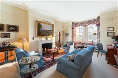Luxury homes beautiful third floor apartment