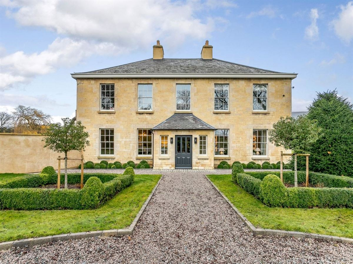 Luxury homes Barnsdale House