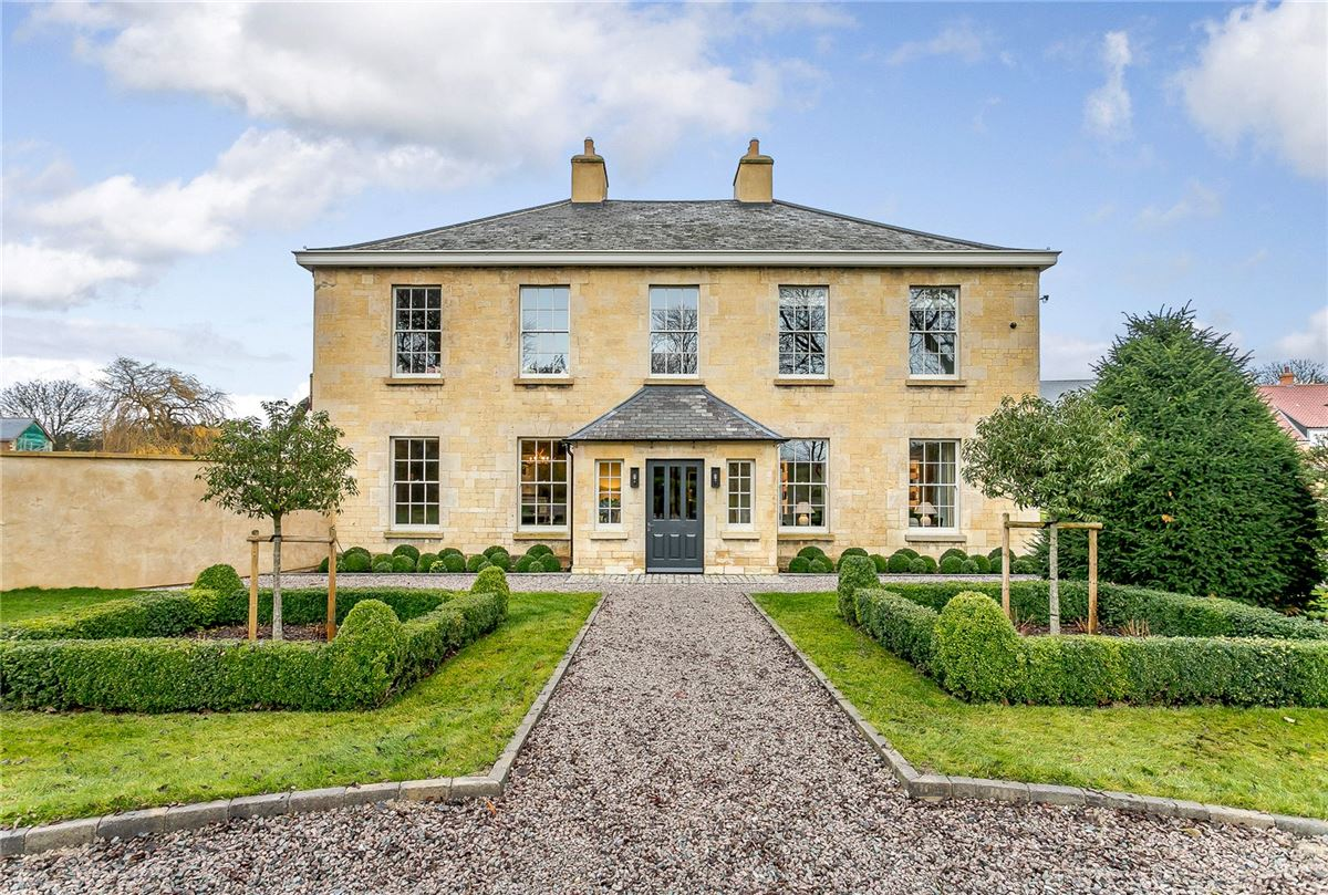Luxury properties Barnsdale House