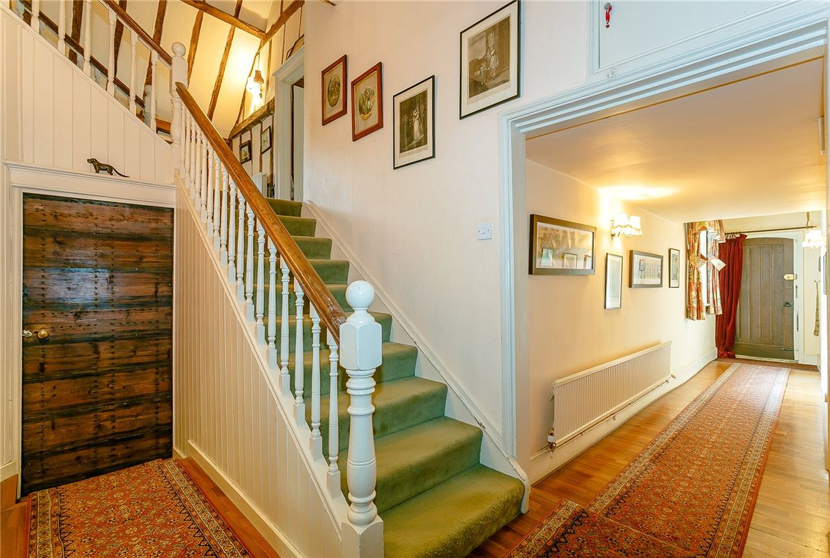 Luxury homes Hadlow Stair House