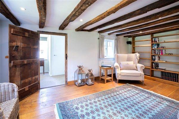 Shuckers Farm House luxury real estate
