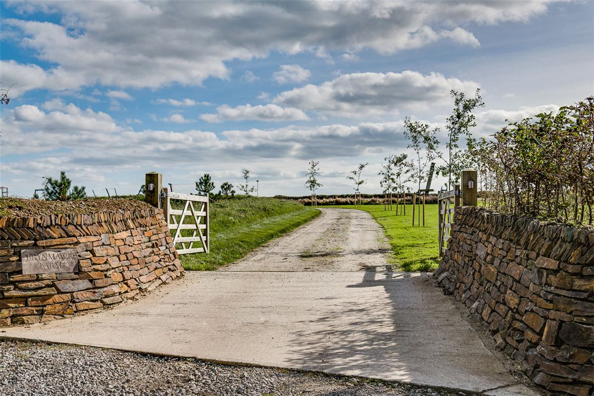 Luxury homes in A contemporary farmhouse enjoying picturesque countryside views
