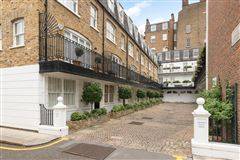 Canning Place four bedroom townhouse mansions