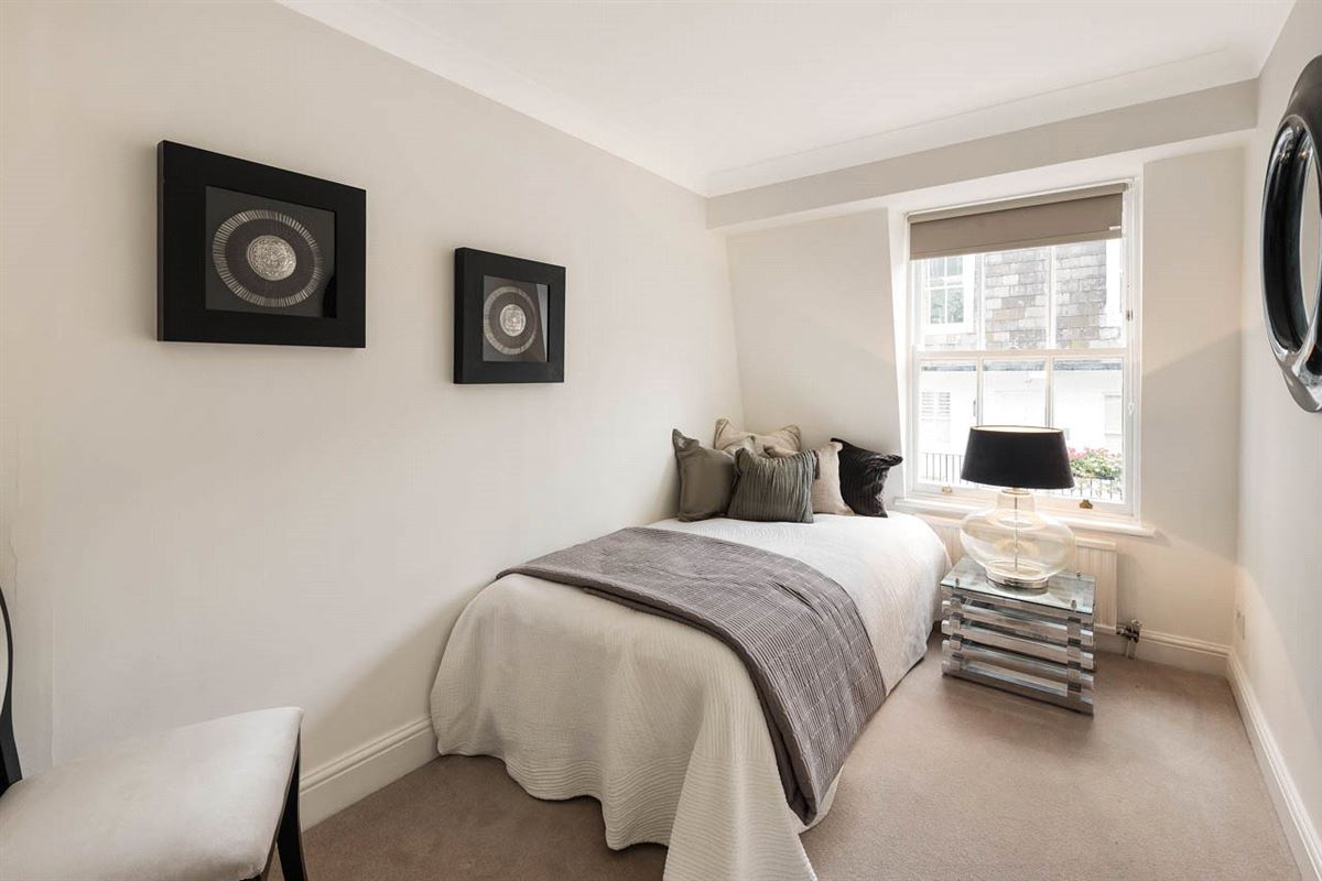 Canning Place four bedroom townhouse luxury homes