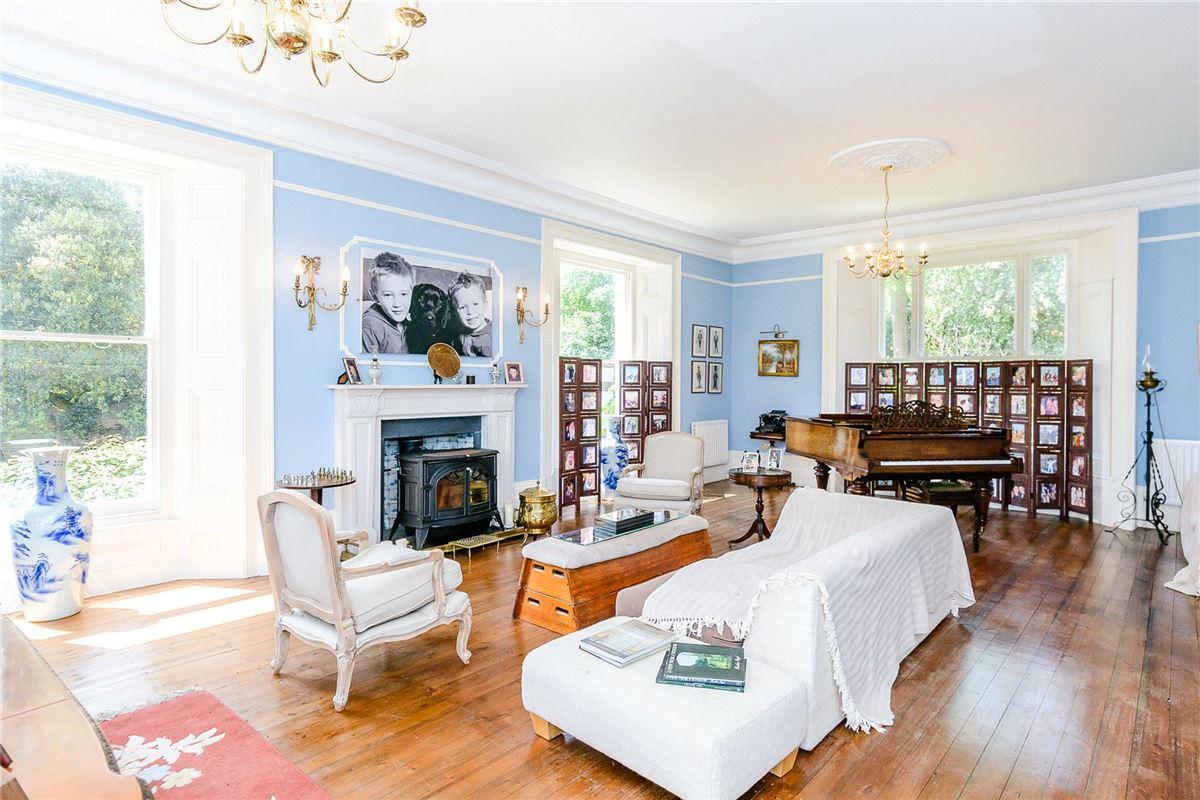 Luxury properties handsome Georgian house