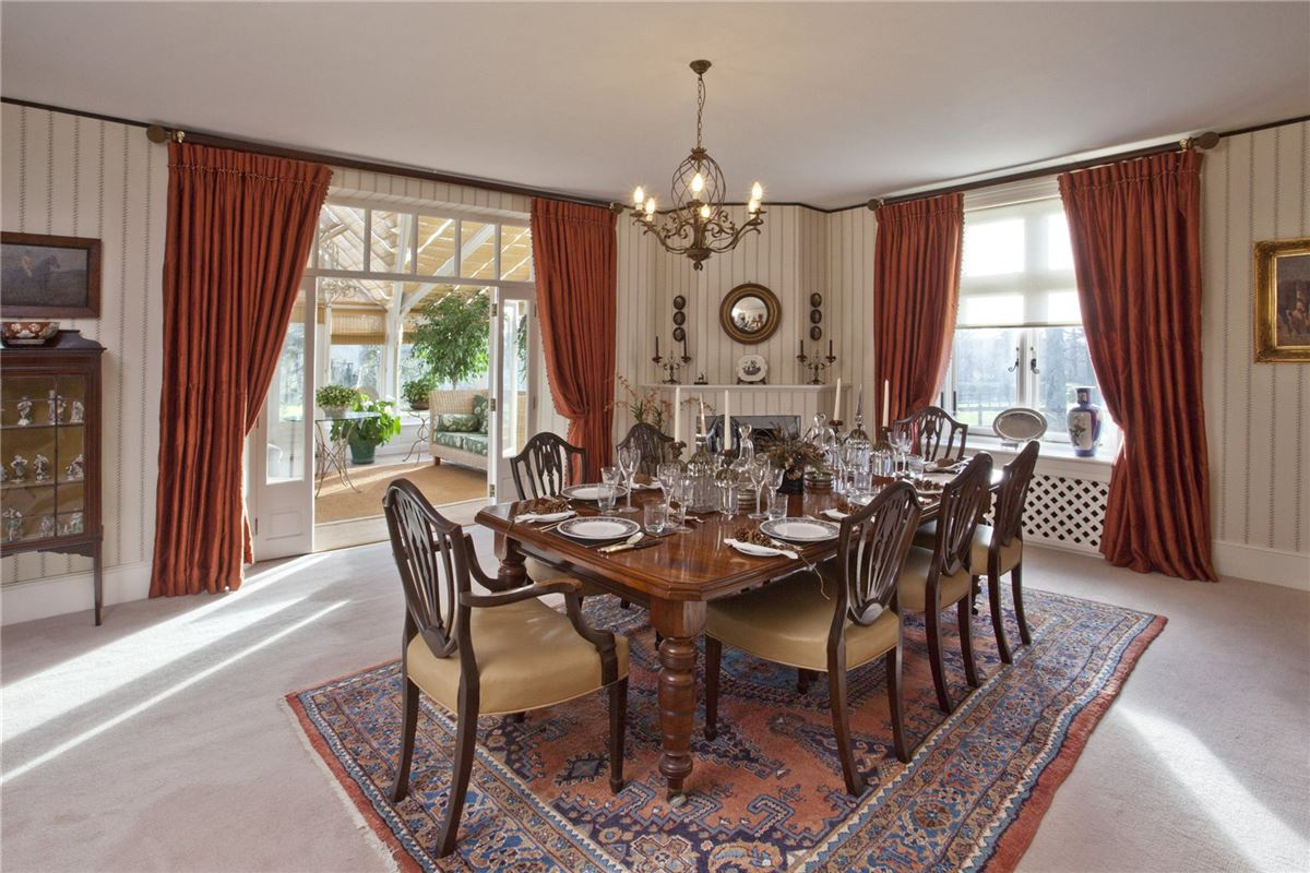 Luxury properties glorious house in a tranquil rural setting