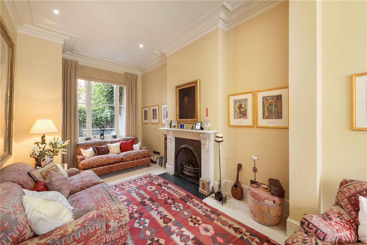 Luxury real estate a superb residence in highly sought after location