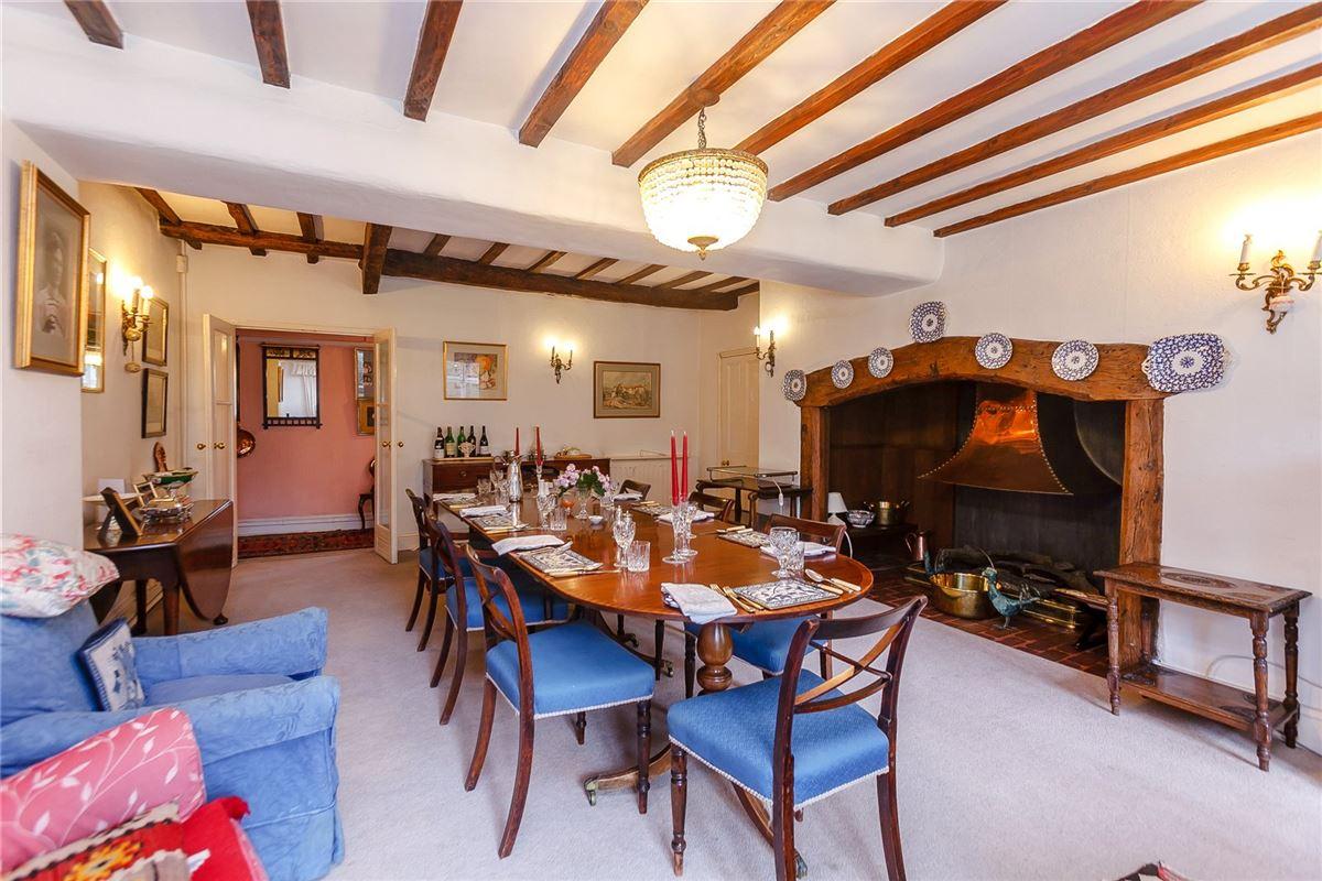 Luxury properties Grayshott House