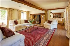 Mansions stunning detached village house with lush gardens