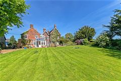 Great Offley house luxury homes