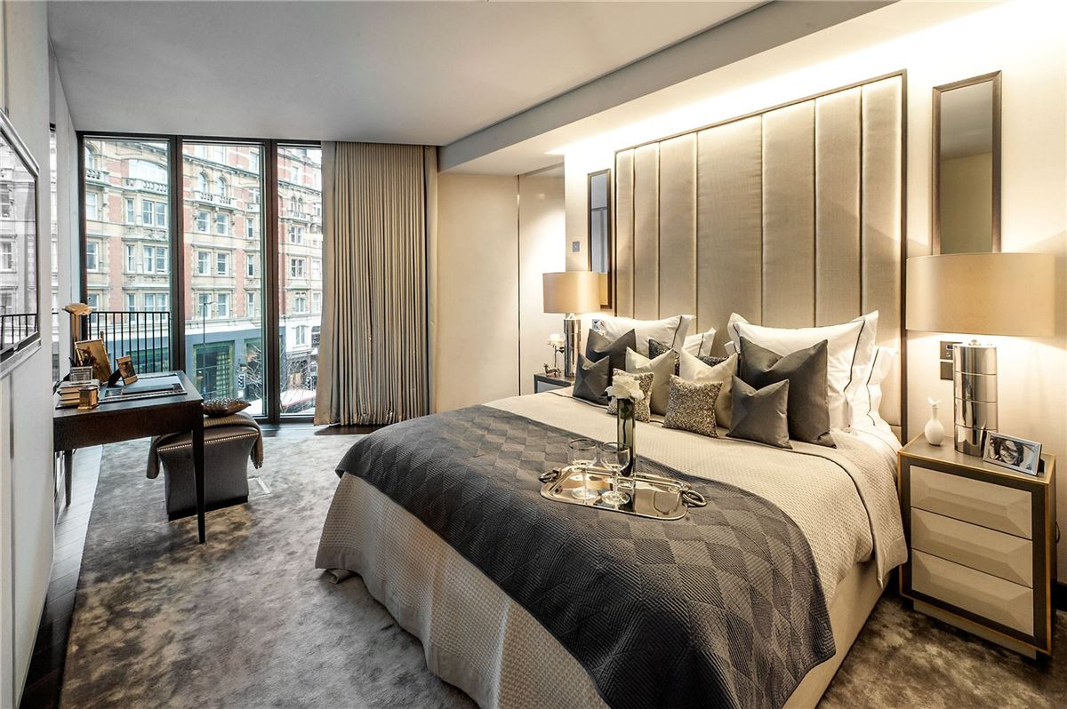 the ultimate London pied-a-terre luxury homes