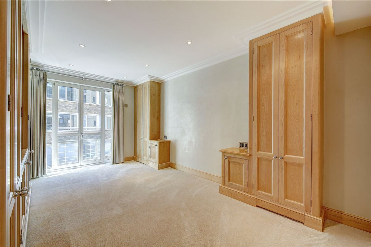 two bedroom apartment in london luxury real estate