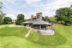 Luxury homes Pen Y Bryn