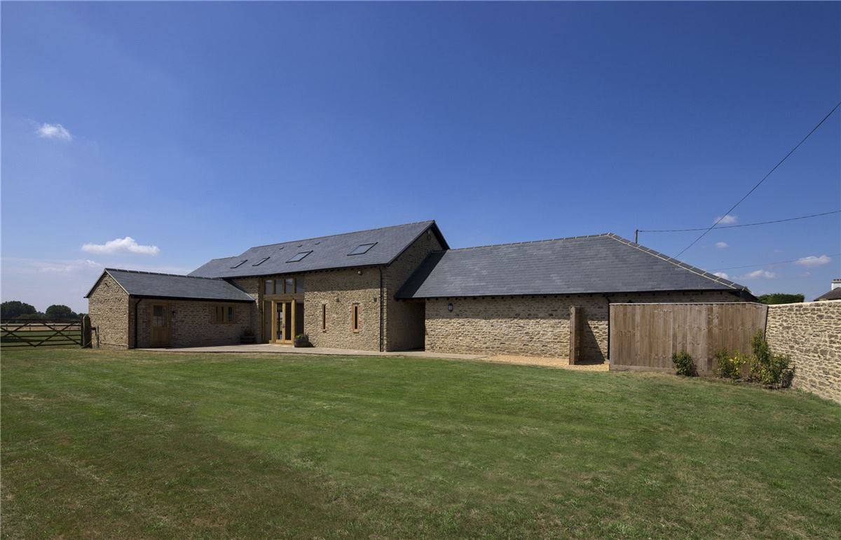 Luxury homes Kingston Hill Barn