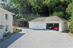 Mansions in  sought after Dartmoor village home