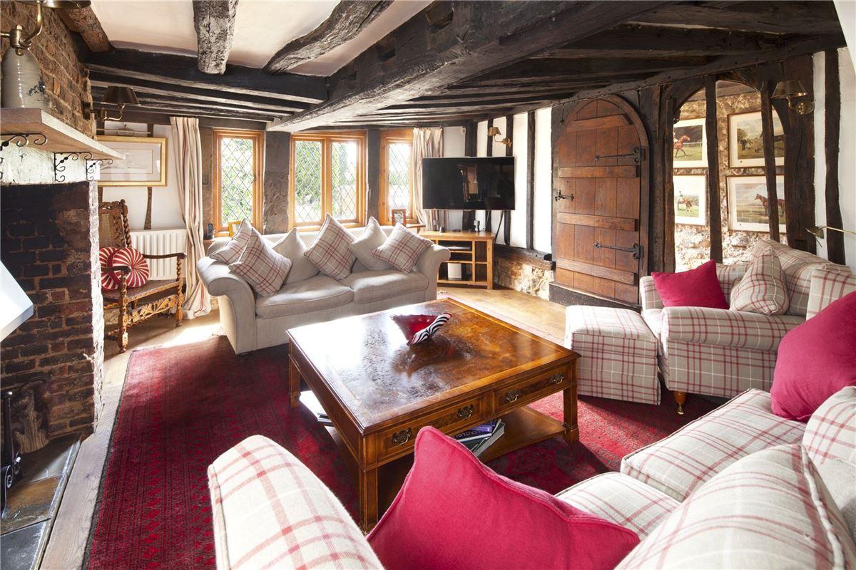 Luxury real estate Nettlestead Green House