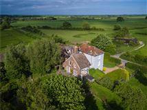 An elegant period house  luxury homes