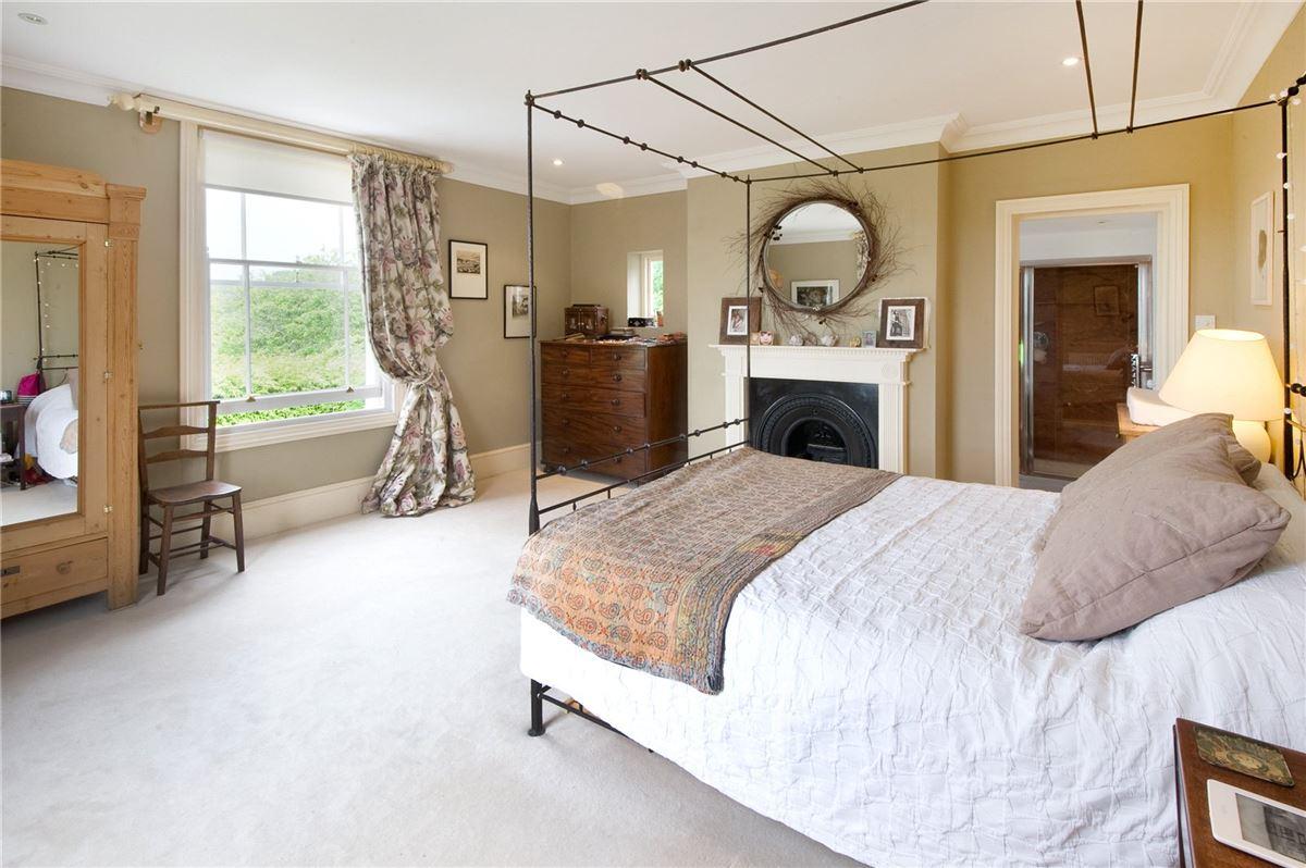 Luxury properties An elegant period house