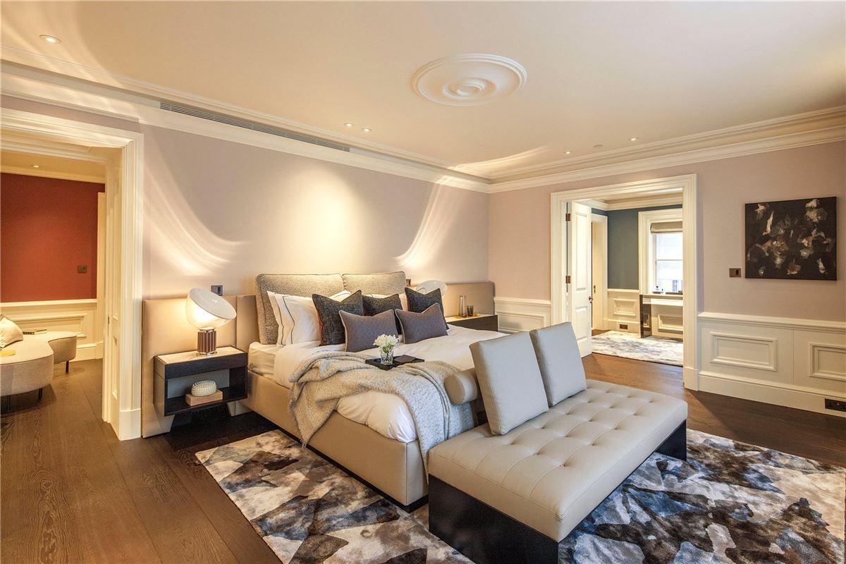 Luxury properties enjoy luxurious living in London
