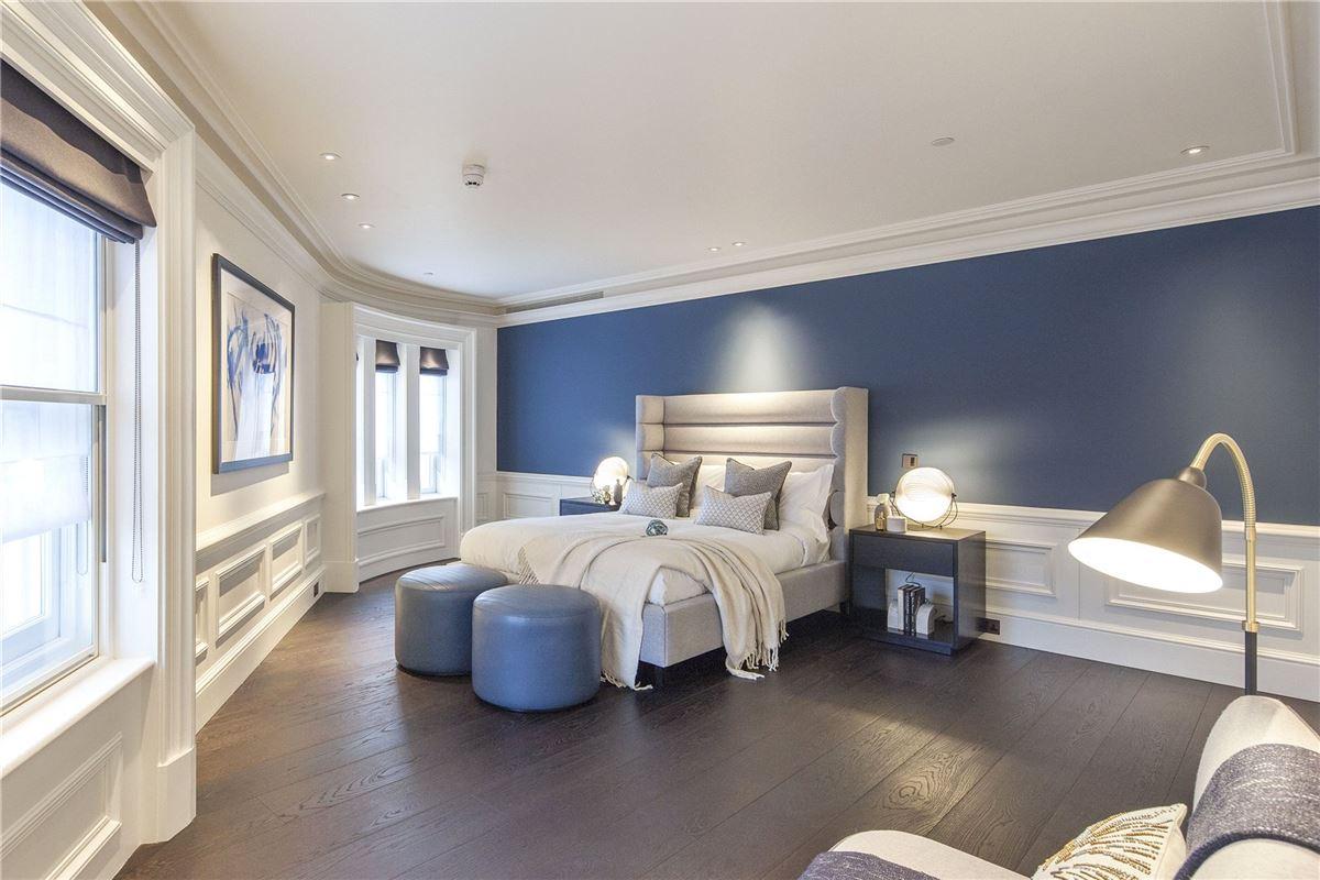 enjoy luxurious living in London luxury properties
