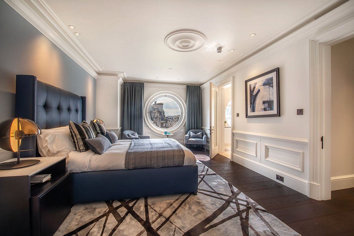 Mansions enjoy luxurious living in London