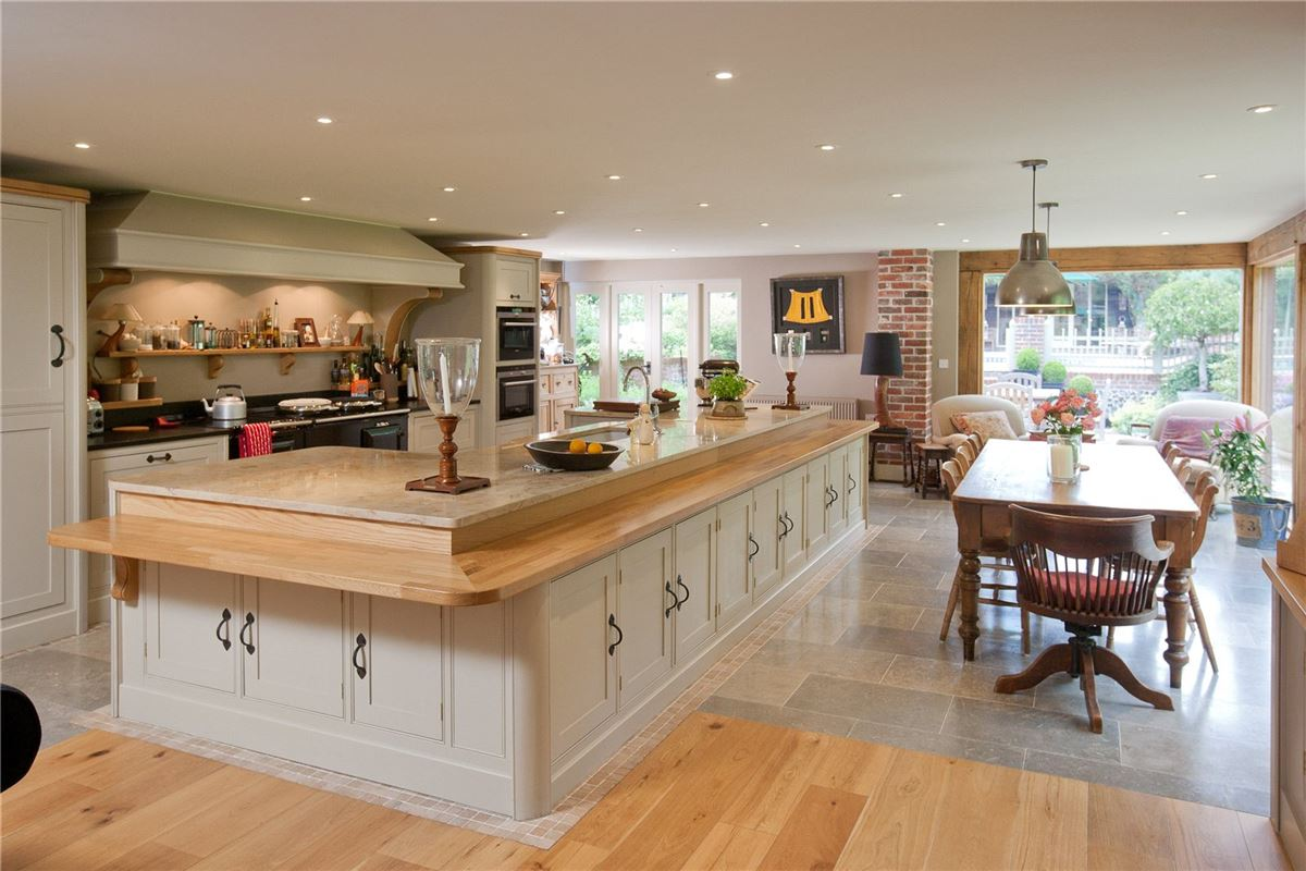 Luxury homes Frogmore House