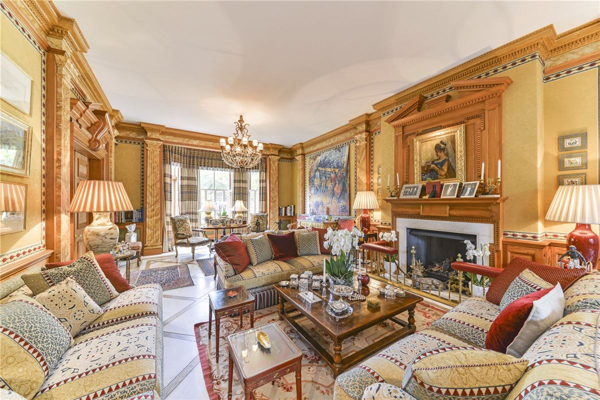 Luxury homes very special seven bedroom luxury home