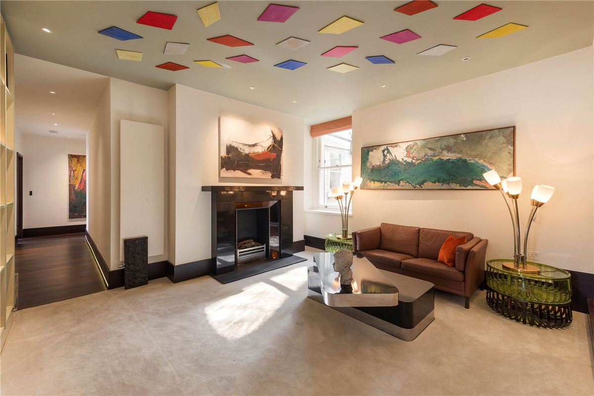 flat with amazing space luxury real estate