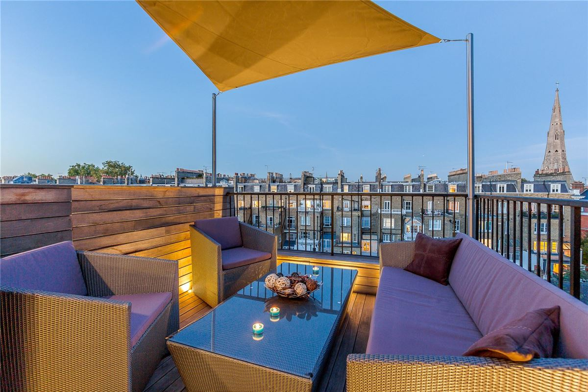 Luxury homes top floor maisonette with a fantastic roof terrace