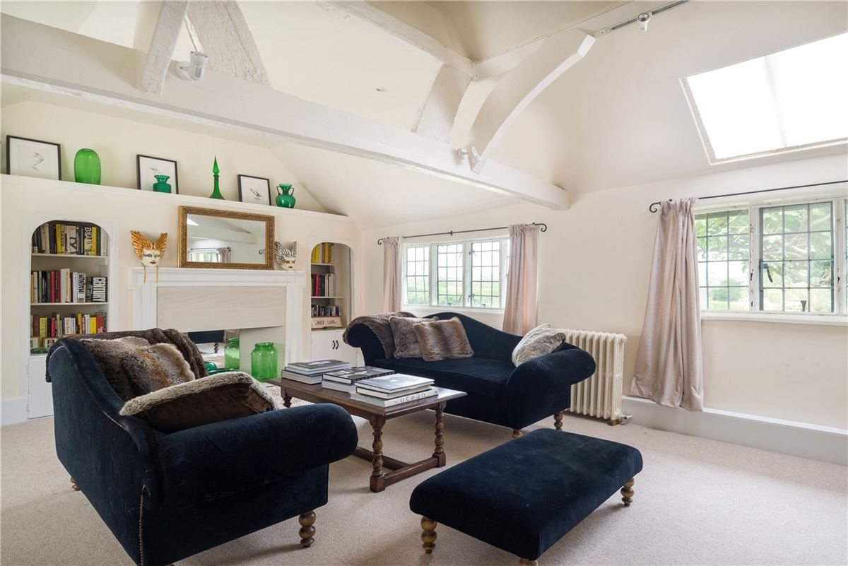 Charm, style and atmosphere in ashford luxury homes
